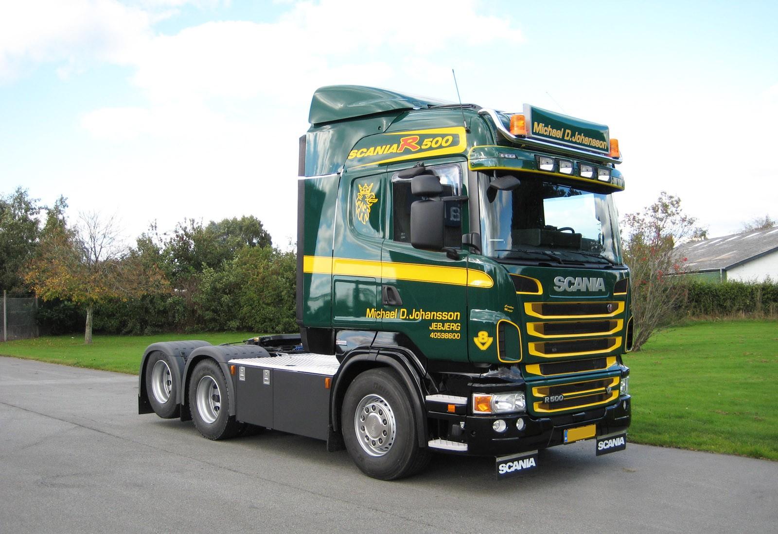AeroSlimLED® lysskilt monteret på lastbil