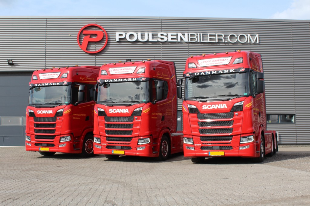 Scania with FrontSignLED® from SRI - Sold by @Poulsen Bilerer